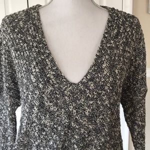 Express Sweaters - Express Black Marled Crop V-neck Sweater Sz XS